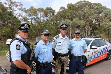ACT and NSW Police on the Kings Highway