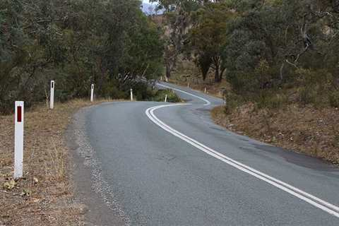 This shows the road where the Burra S bends are located.